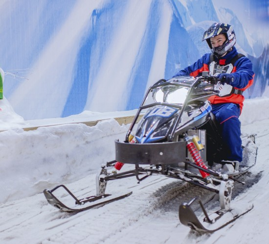 Motoneve - Snowland-6 croped